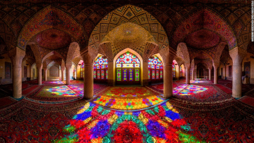 141024172337-amazing-iranian-mosque-photos-16-horizontal-large-gallery